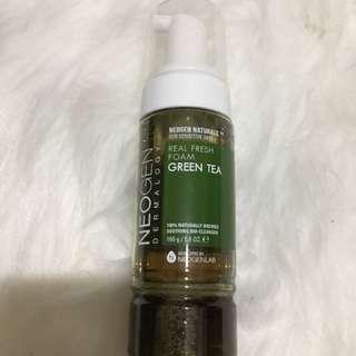 Neogen foam green tea cleanser