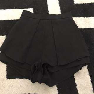 Size 8 black skorts (skirt/shorts)