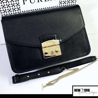 ✈️美國正品2017Furla Metropolis(黑色)Shoulder Bag 可上膊或斜揹👍🏼(另有其他色)💁🏻
