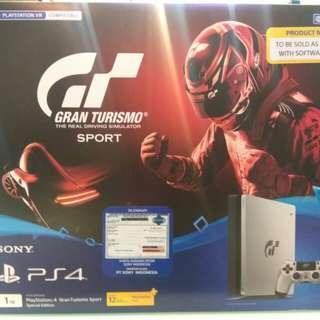 PS4 Slim 1TB Versi Gran Turismo, Bisa Kredit Tanpa Kartu Kredit