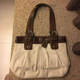 Coach Handbag 手袋