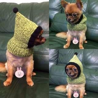 現貨特價300元。寵物針織連帽脖圍。毛小孩冬季必備。手作毛線編織