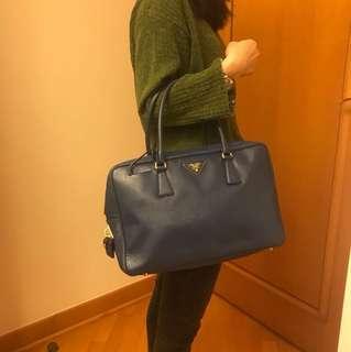 Prada Saffiano Lux 女裝手袋 Bluette