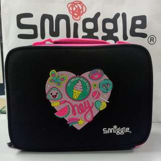 SMIGGLE Says Square Lunch Box