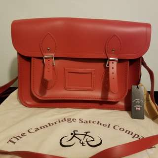 The Cambridge Satchel Company 13 INCH MAGNETIC SATCHEL IN LEATHER
