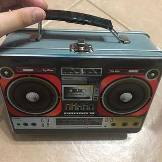 Radio design tin/metal box