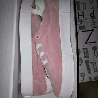 S&H Sneakers
