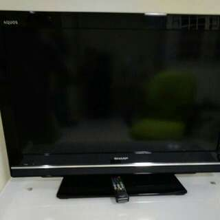 Sharp 32 tv ( free delivery )
