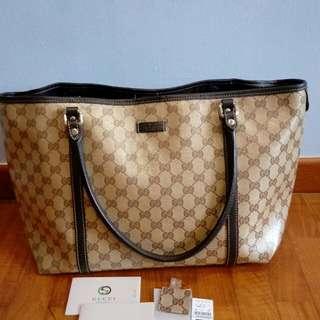 Excellent condition Authentic Gucci Bag