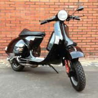 Vespa PX 200 FOR SALE.