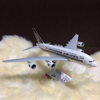 SIA Airbus A380 Airplane Model
