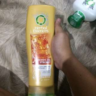 Assorted herbal essences products