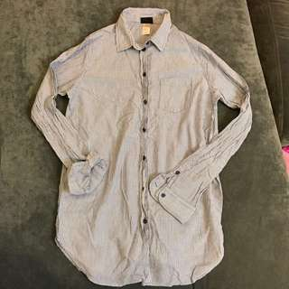 🚚 H&M 線條襯衫 #四百不著涼