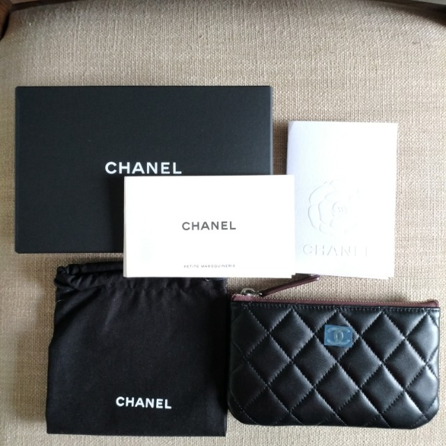 全新 Chanel O Case 黑色小羊皮銀鍊 化妝包,零錢包,卡夾, 萬用包 A69253, 迷你