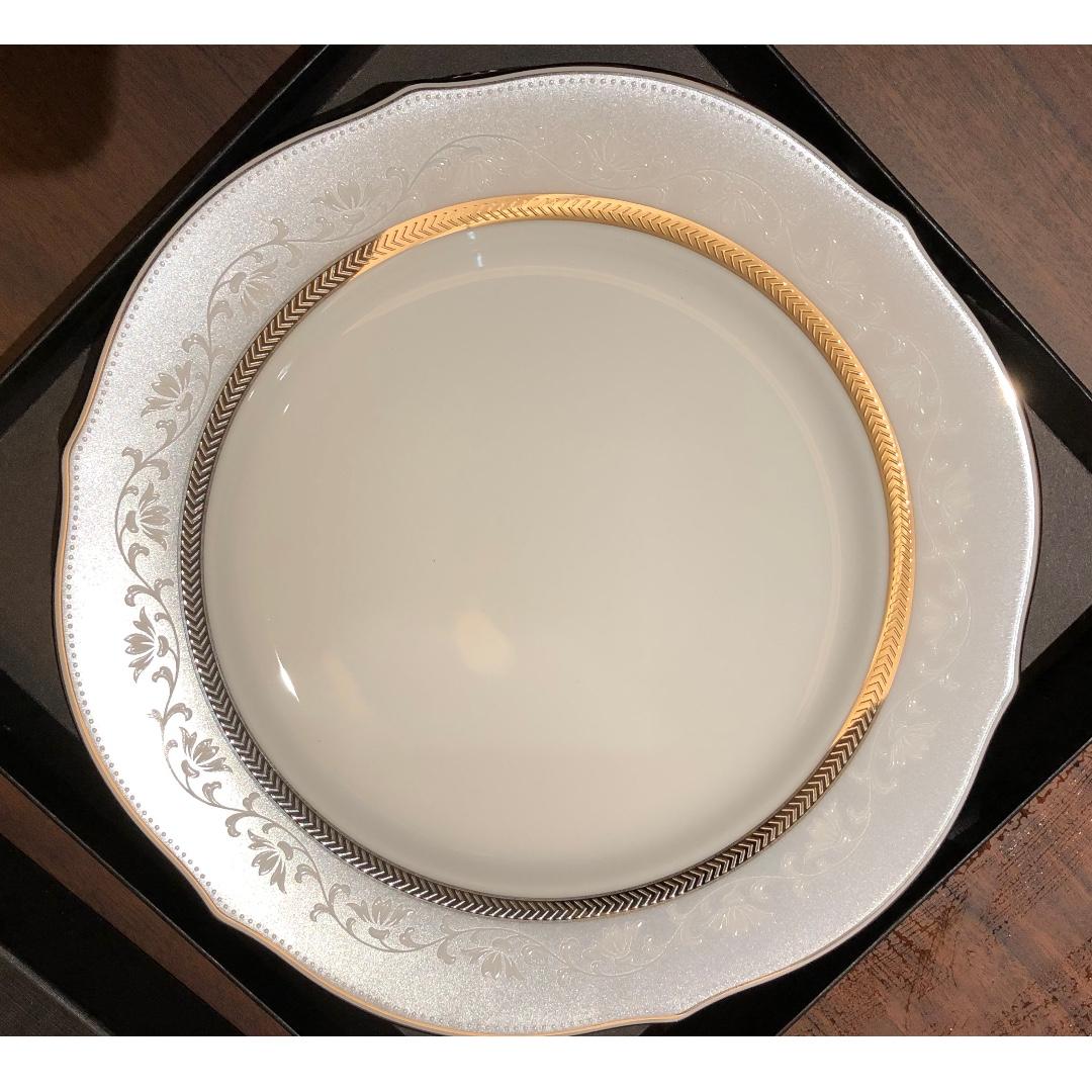 日本皇室御用品牌 Noritake 餐碟盤  LEXUS贈品 全新未使用