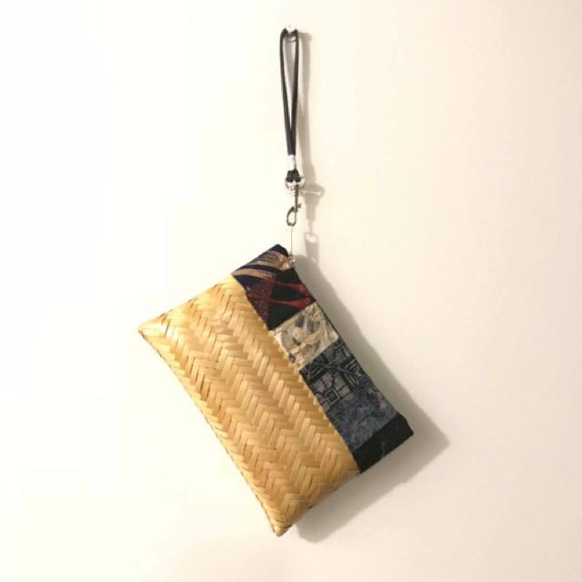 Abaca Pouch