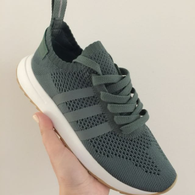 Adidas prime knit flashback sneakers