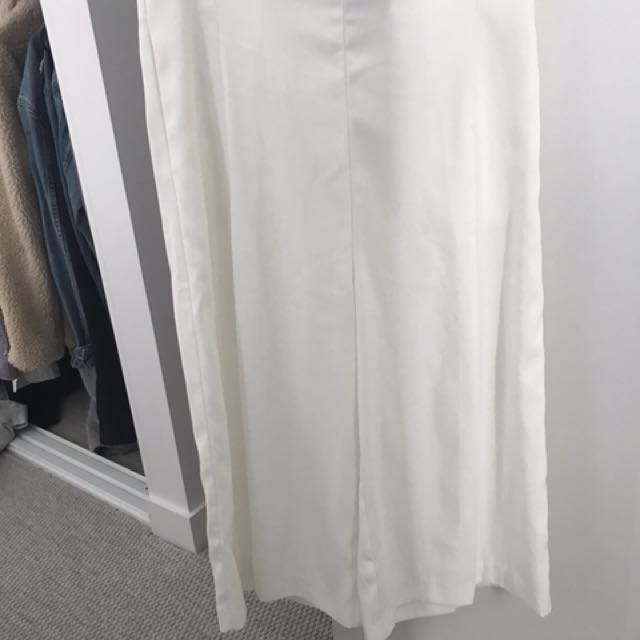 Alice in the eve white culottes - new condition