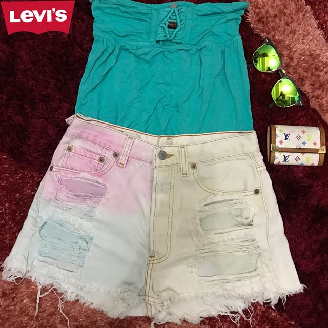 AUTHENTIC LEVI'S DISTRESSED SHORTS