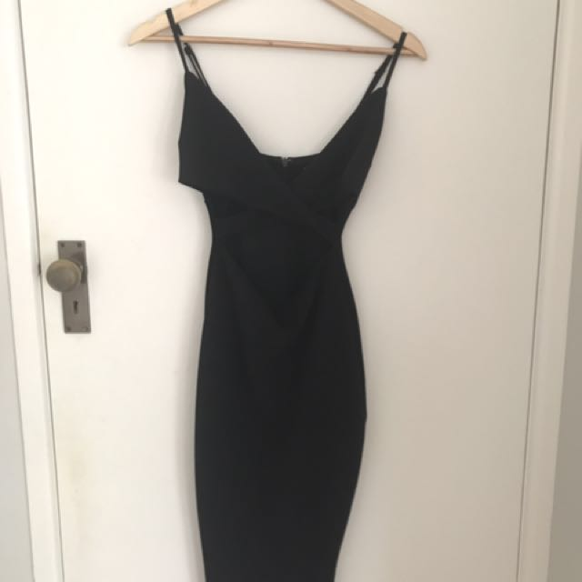 Back cut out dress