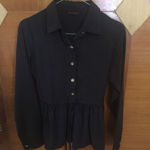 Baju hitam serut