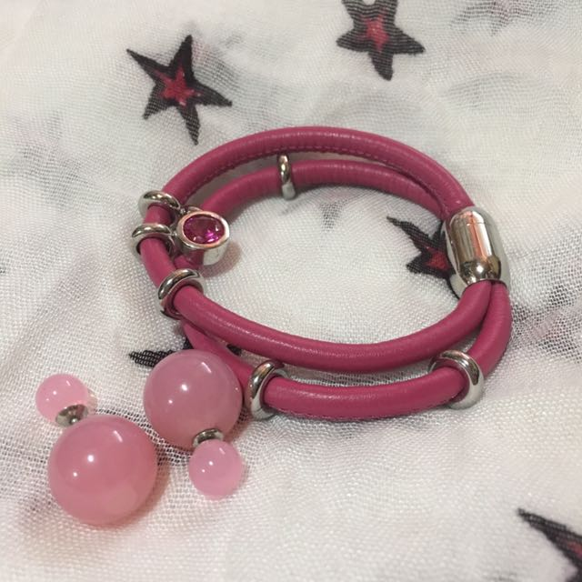 Bangle pink and pink earrings