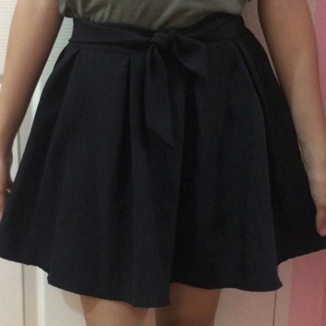 Black Skirt With Ribbon