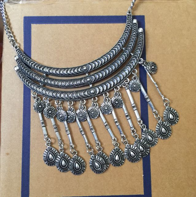 Bohemian chunky necklace