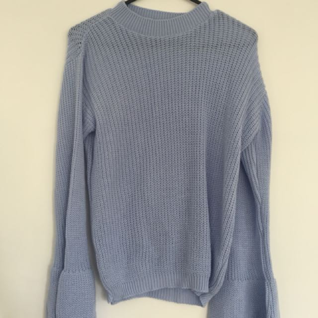 Boohoo blue bellsleeve jumper