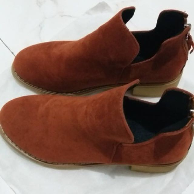 Boots (bahan suede) NEW
