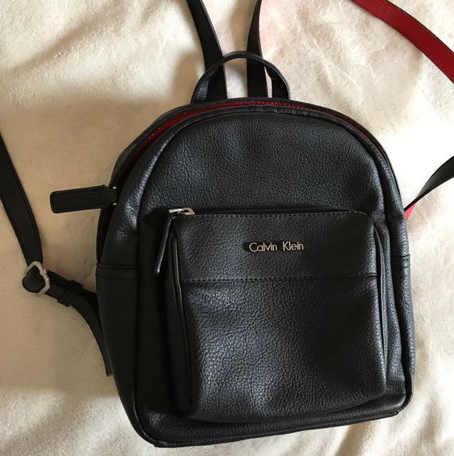 Calvin Klein backpack 10/10 condition