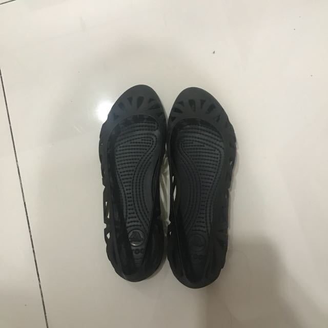 Crocs shoes black