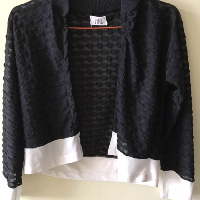 [Discount] Textured Black Outer