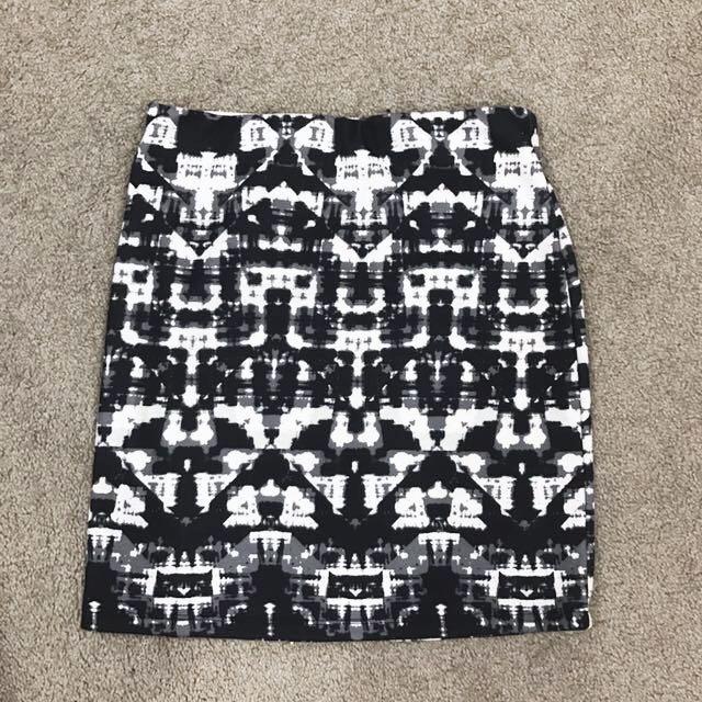 Dotti Skirt   Size 8