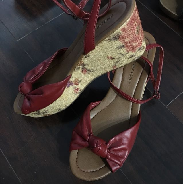 Espadrilles size 8 also fit 7 ankle strap red floral
