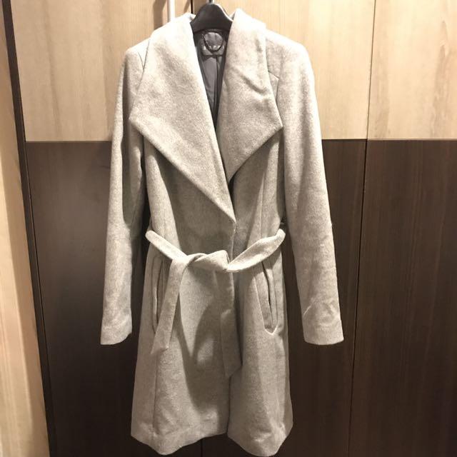 Esprit 大翻領長版修身大衣外套