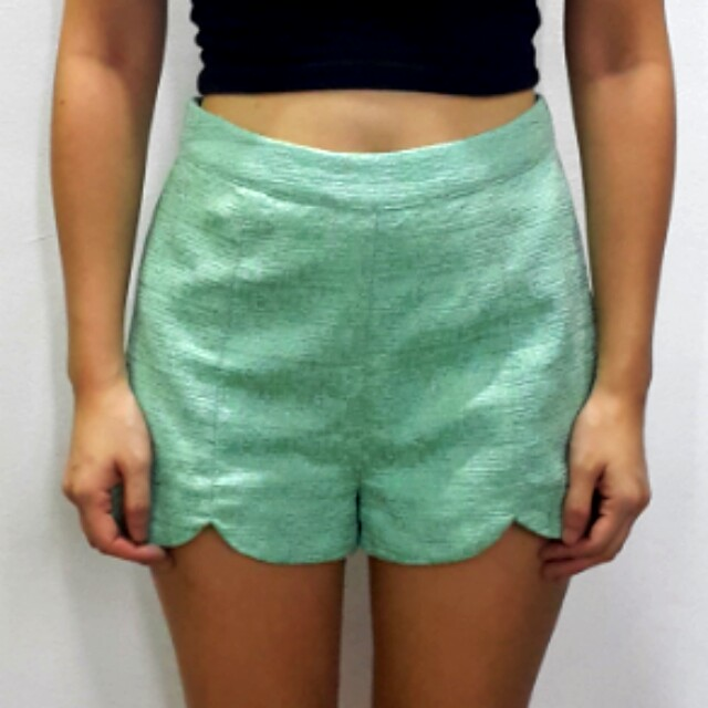 Forever 21 Mint tweed scallop shorts