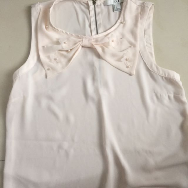 Forever 21 Pink Collar Top