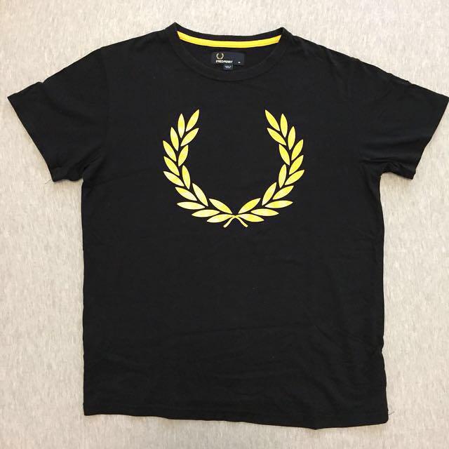 Free Fred Perry Tshirts Sz M