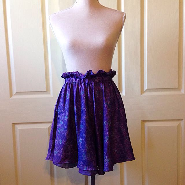 Gathered 100% Silk Skirt Size S