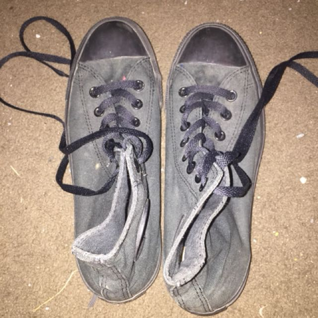 Genuine black converse
