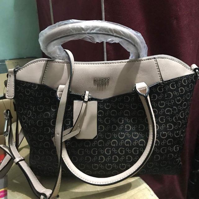 Guess Sling Bag Large