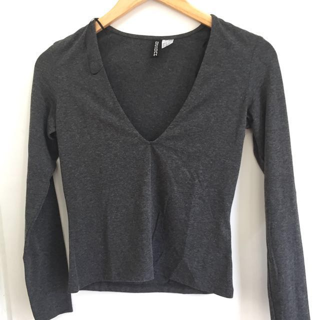 H&M Divide Grey Long Sleeves
