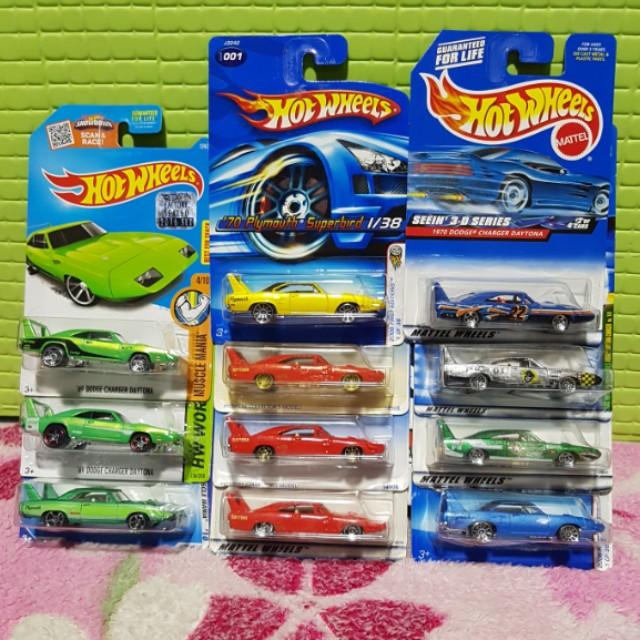 Hot Wheels Dodge Charger Daytona & Playmouth  SuperBird
