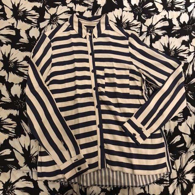 Item 8: Stripes long sleeves