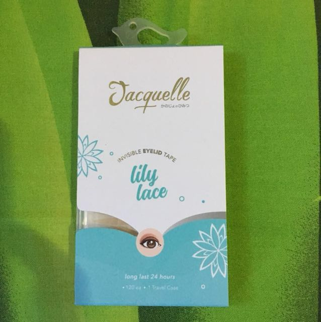 Jacquelle invisible eyelid tape