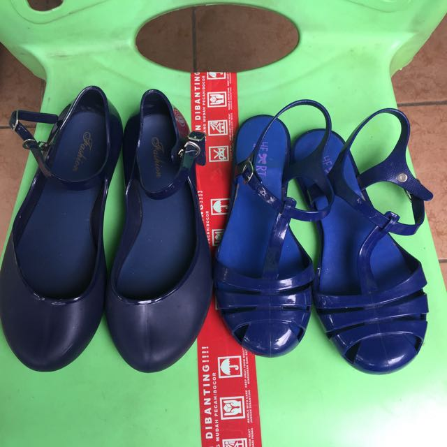 Jelly shoes 2pasang 50rb