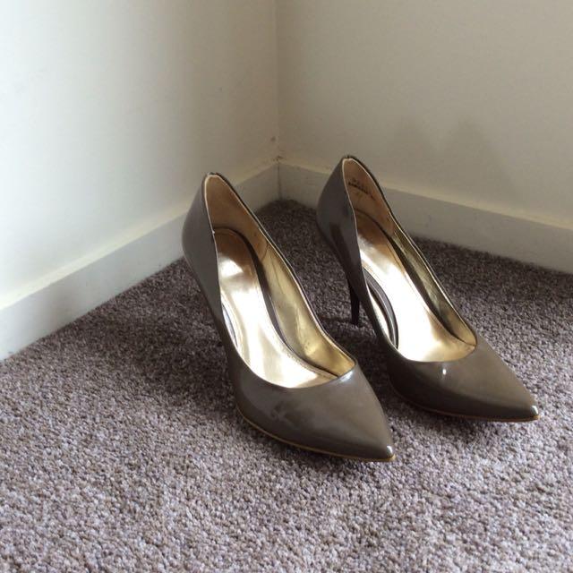 Kamikaze high heel size 6