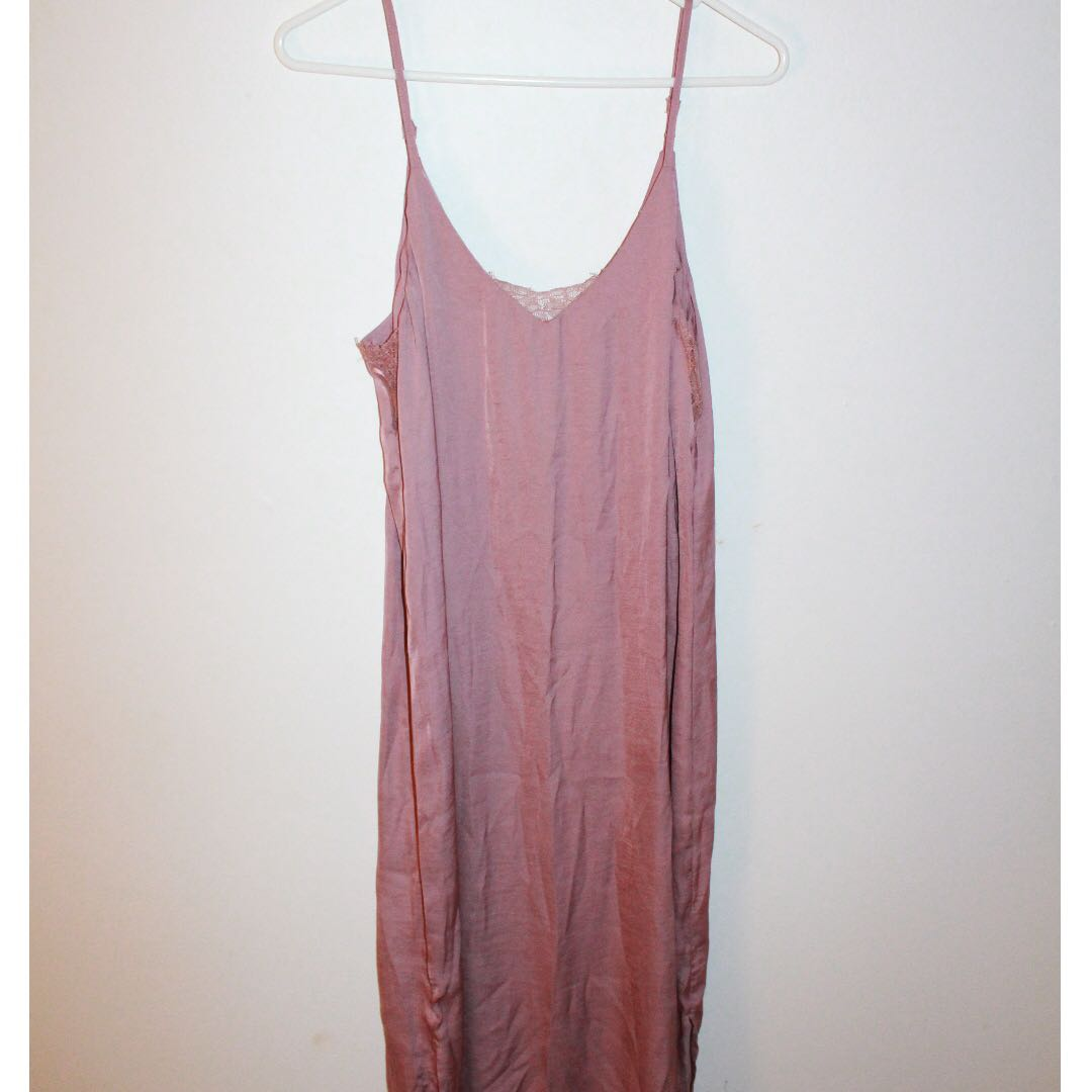 Lilac nightgown