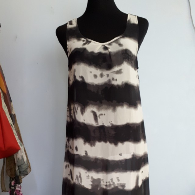 Long stripes dress